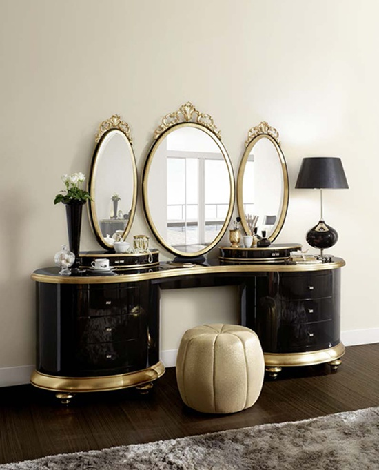 Unique mirrored dressing tables