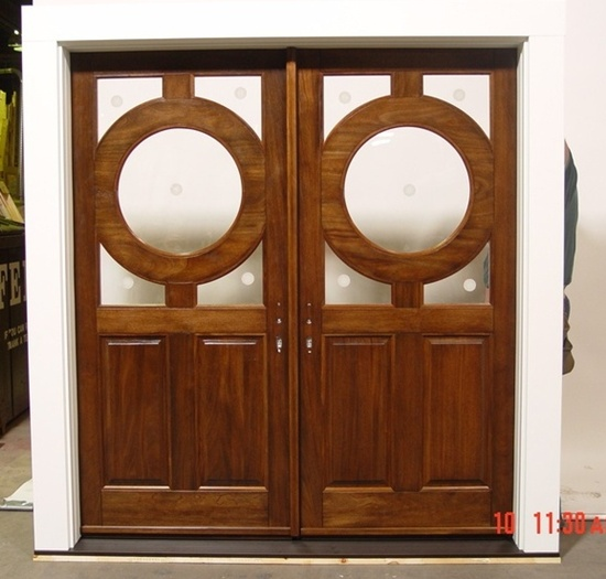 Fantastic 35 Front Door Designs That Welcome Your Guests In Grandeur Largest Home Design Picture Inspirations Pitcheantrous