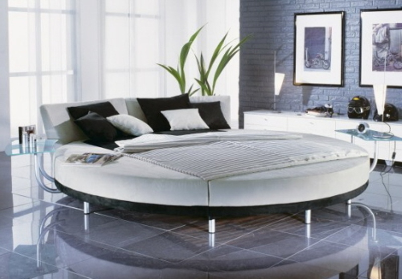25 amazing round beds for your bedroom for Modern day bedroom designs