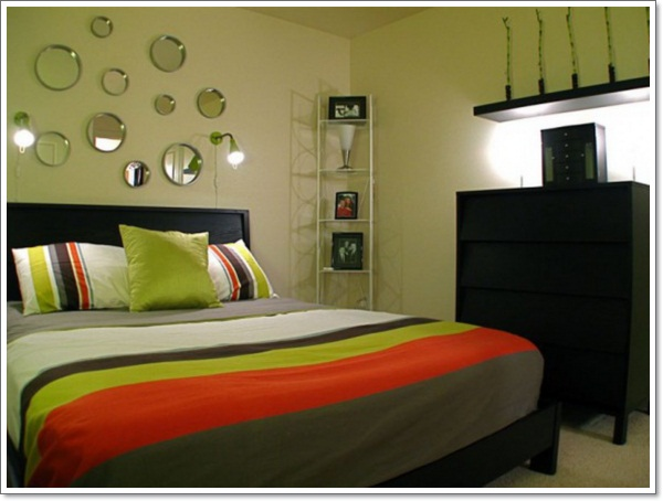 creative-tips-and-inspiration-decorating-small-bedroom-ideas