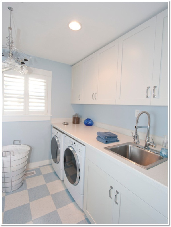 cute-laundry-rooms-decor-ideas-with-blue-and-white-laundry-room-floor-tiles-