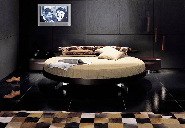 The Historie Round Rotating Bedroom Set. Round Beds Design Ideas ... Part 59