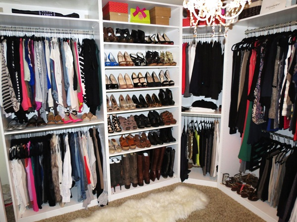 The Apt Thing Is To Utilize The Dressing Area Of The Room For Walk In  Closets Design. Itu0027s All Yours. You Can Enjoy Every Little Space Of The  Room To Make ...
