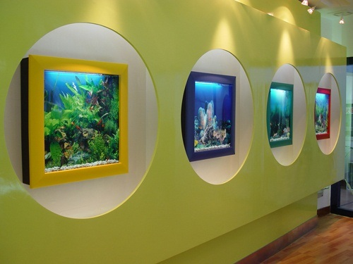 30 Fish Tank Ideas for a Relaxing Home -> Aquarium Design Mural