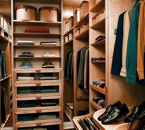 Nice The Walk In Closet Designs Is An Ideal Ladyu0027s Closet With The Numerous  Pairs Of Shoes Well Arranged For Easy Visibility.The Colour Of The Walk In  Closet ...