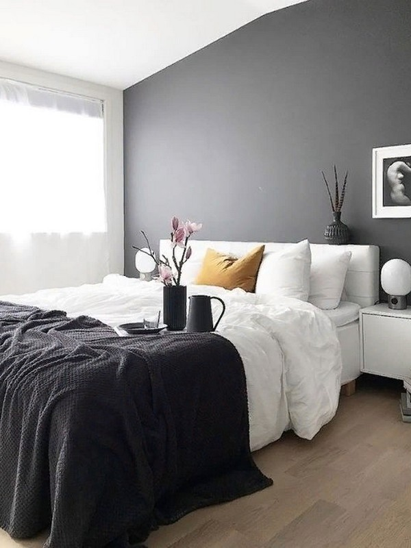 Bedroom Ideas for a Couple That Loves Adventure